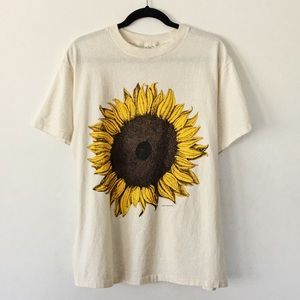 ✨ Vintage 1994 Sunflower Graphic Tee